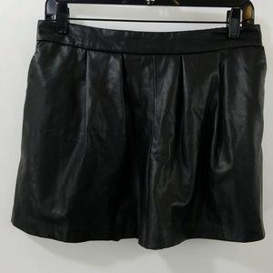 Zara Basic Black Faux Leather Shorts Size M